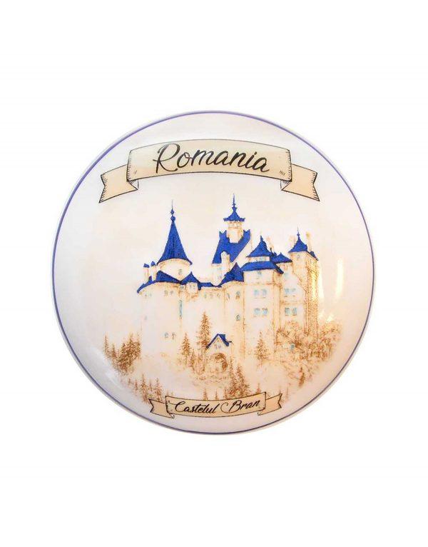 Cutie_rotunda_Castelul_Bran_-_Romania_A_Story_to_Tell_FRONT.jpg