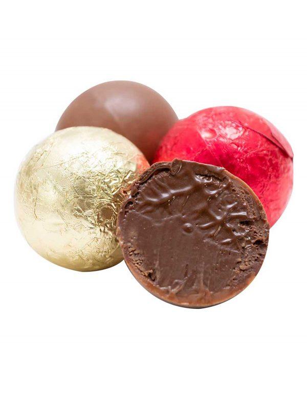 Praline_cu_crema_de_cacao_-_Bloody_Famous.jpg