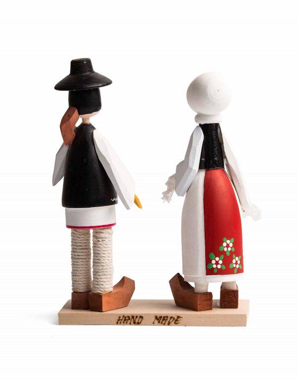 Set_figurine_folclorice.jpg