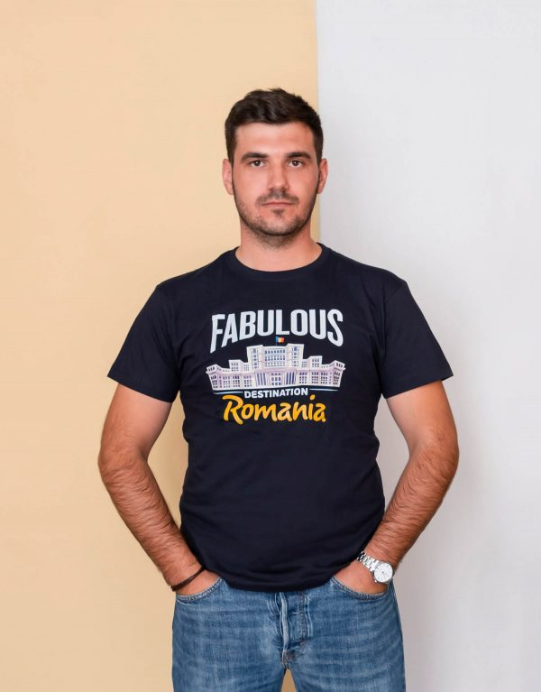 Tricou_fabulous_romania_frontal.jpg