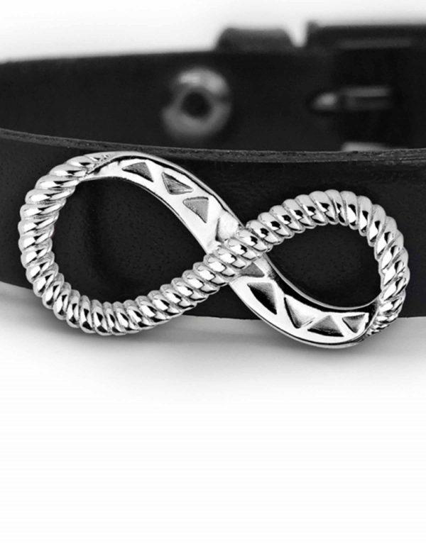 derzes_silver_on_black_1